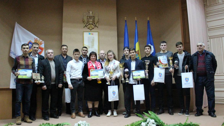 Sportivii din Costești au cîștigat 11 premii de frunte la Gala Raională a Sportului