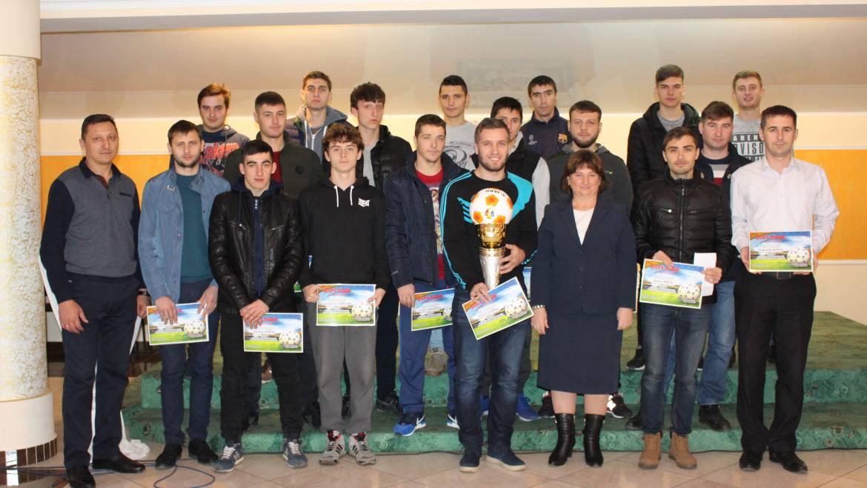 Gala Fotbalului din satul Costești și-a premiat cei mai buni jucători