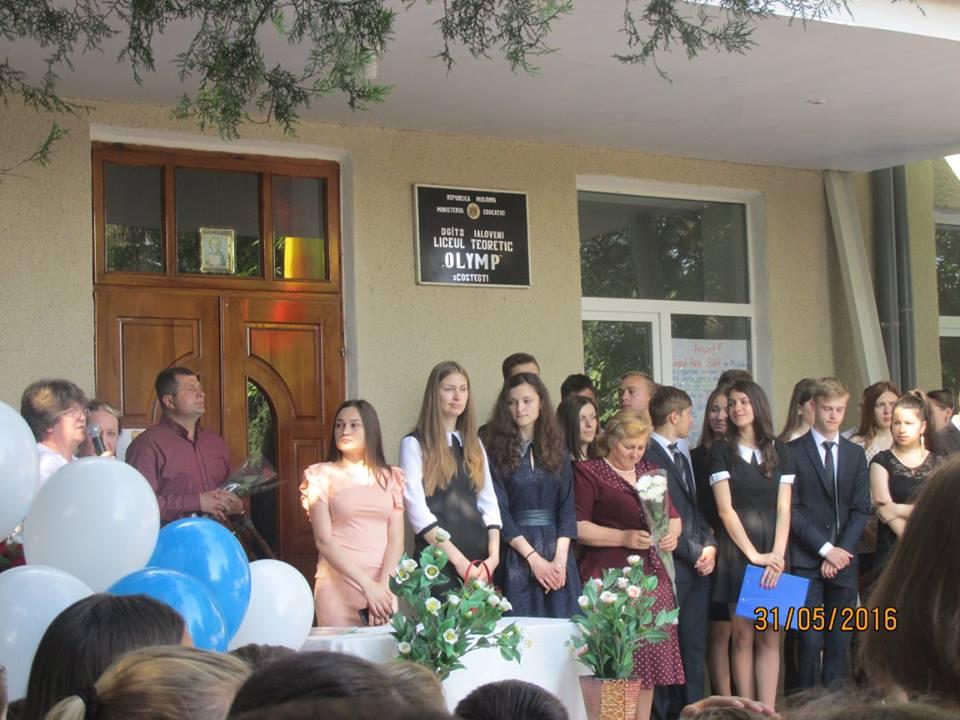 Cele două licee din satul Costești își invită absolvenții la o reuniune de suflet cu profesorii și colegii dragi