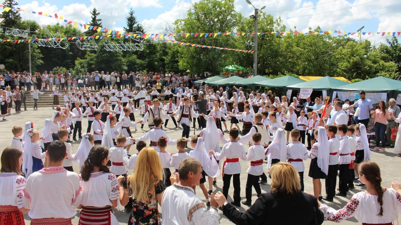 Costești-445 ani de la prima atestare documentară a satului Costești (1573- 2018) și ediția a XIII-a Simpozionului Internațional Cucuteni – 5000 REDIVIVUS