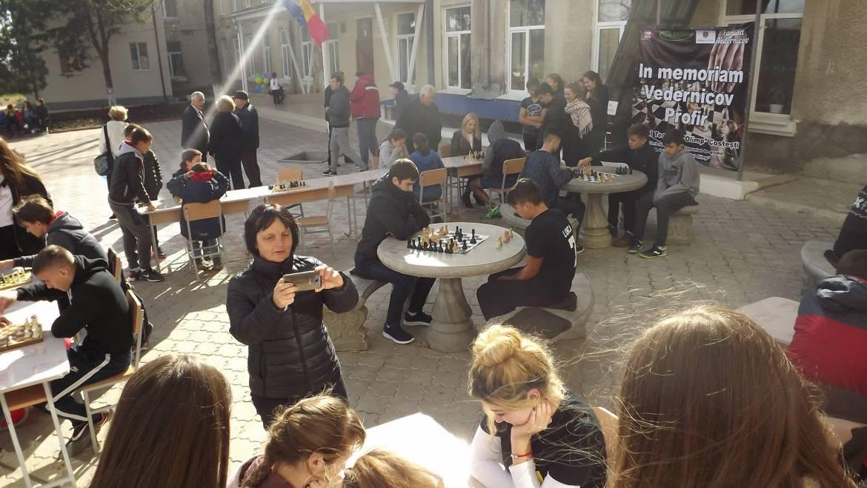 O nouă oportunitate de finanțare pentru realizarea ideilor tinerilor din satul Costești