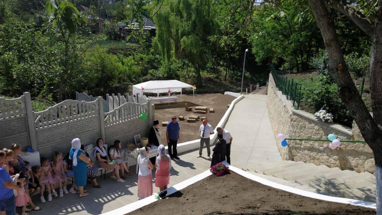 O nouă zonă de relaxare creată și drum de acces pentru costeșteni