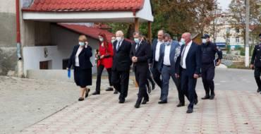 Satul Costești a fost vizitat de Prim-Ministrul Republicii Moldova