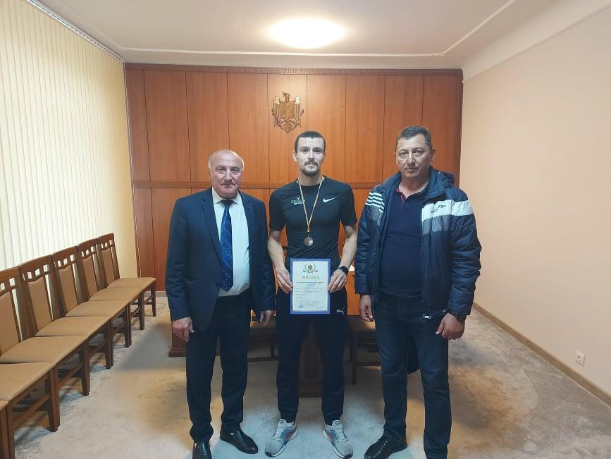 Sportivii din Costești sînt susținuți de Primărie