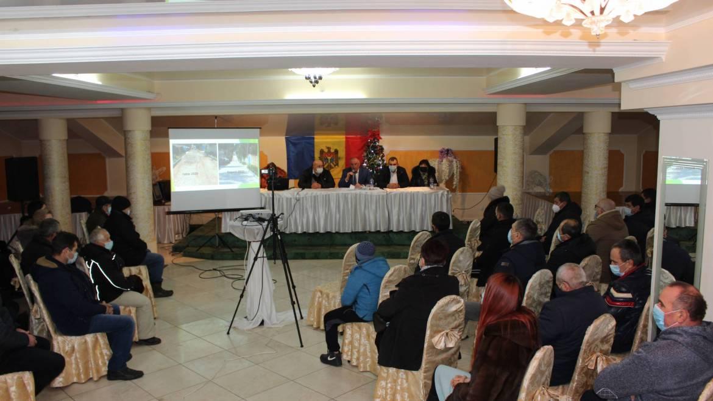 Primarul satului Costești a prezentat raportul său pentru un an de activitate